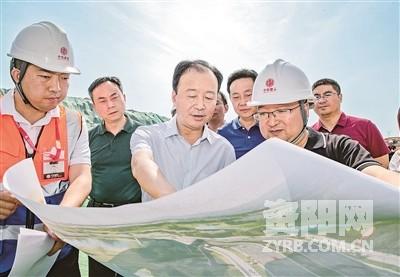 陈吉明调研临空经济区资阳片区建设